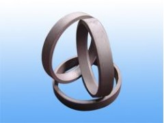 本公司专业生产各类环形锻件,如法兰,齿轮,缸套,轴承内外套圈