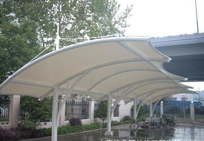 津典 户外 遮阳停车棚施工张拉膜车棚钢膜结构汽车 隔热棚
